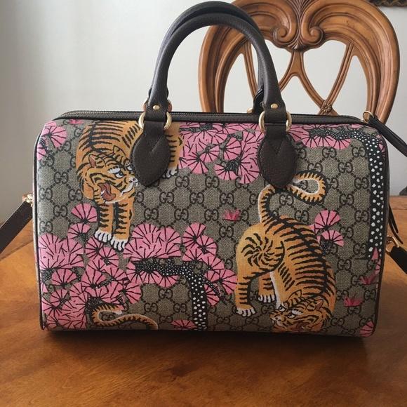 5b014b2f519 Gucci Handbags -  3100 NEW Gucci GG Supreme Bengal Tiger Boston Bag